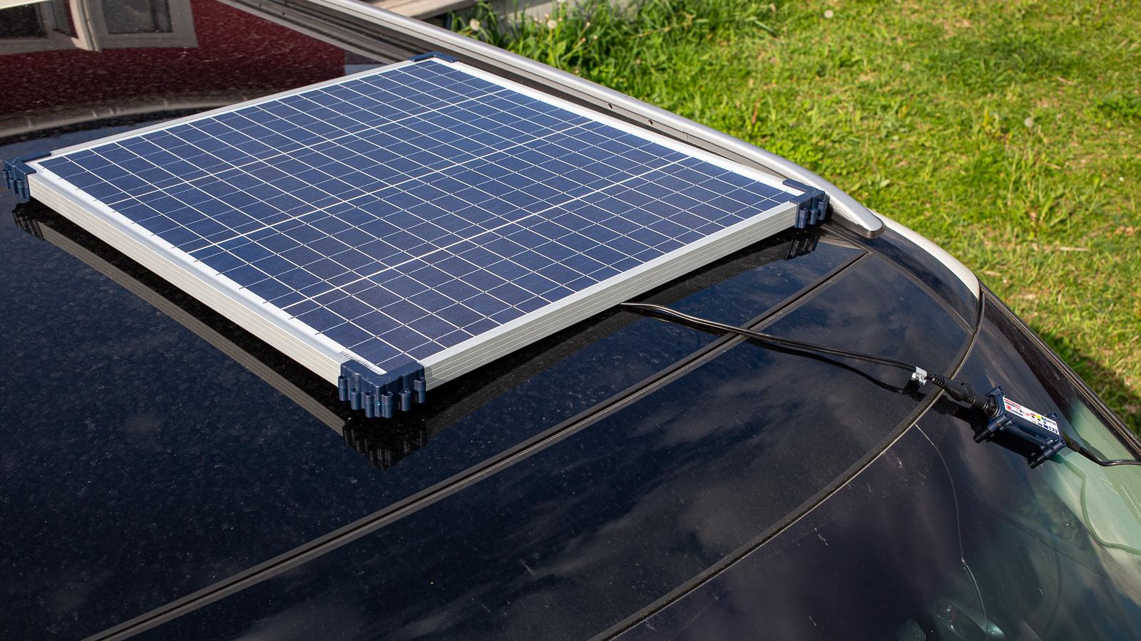 солнечная батарея optimate зарядка от солнца 1600x900 - Зарядка автомобильного аккумулятора с помощью солнечных батарей